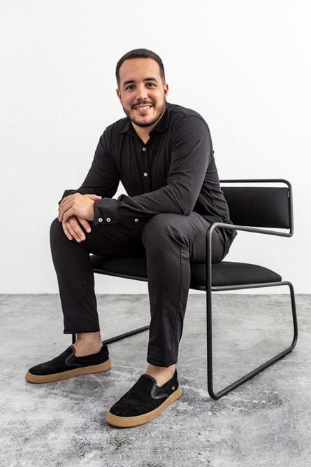 """Arquiteto Eduardo Costa Vale, da FYP Design com o Projeto """"Line"""""""